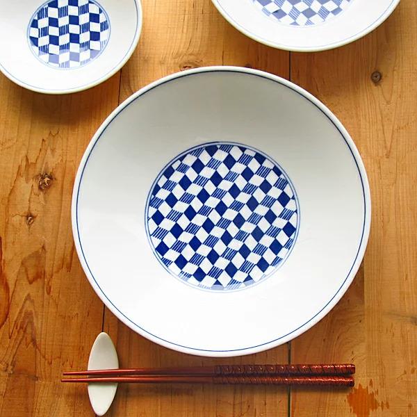 Fournisseur d'assiettes japonaises